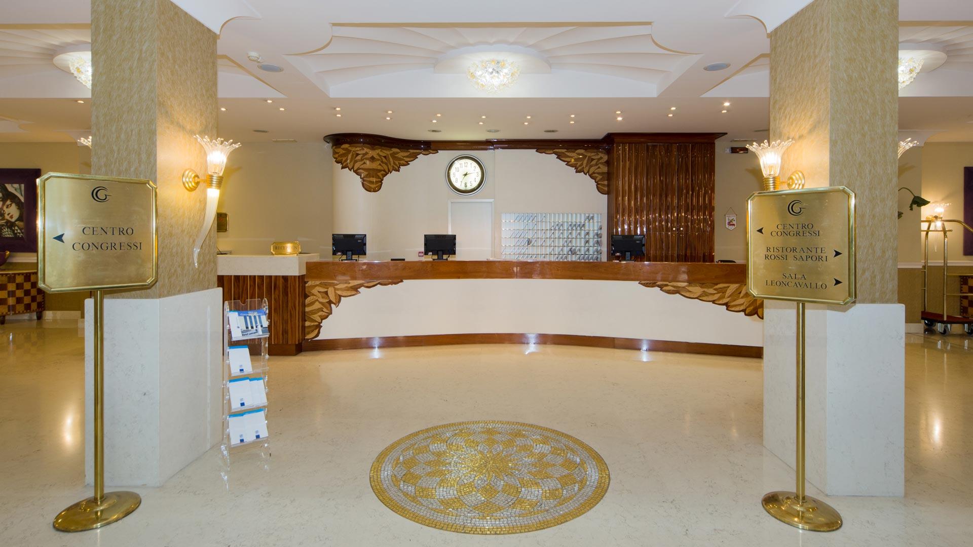 hotel-4-stelle-bologna-centergross-reception