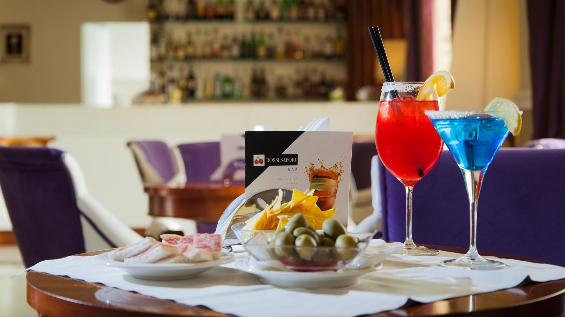 hotel-bologna-centergross-Bar-dettaglio