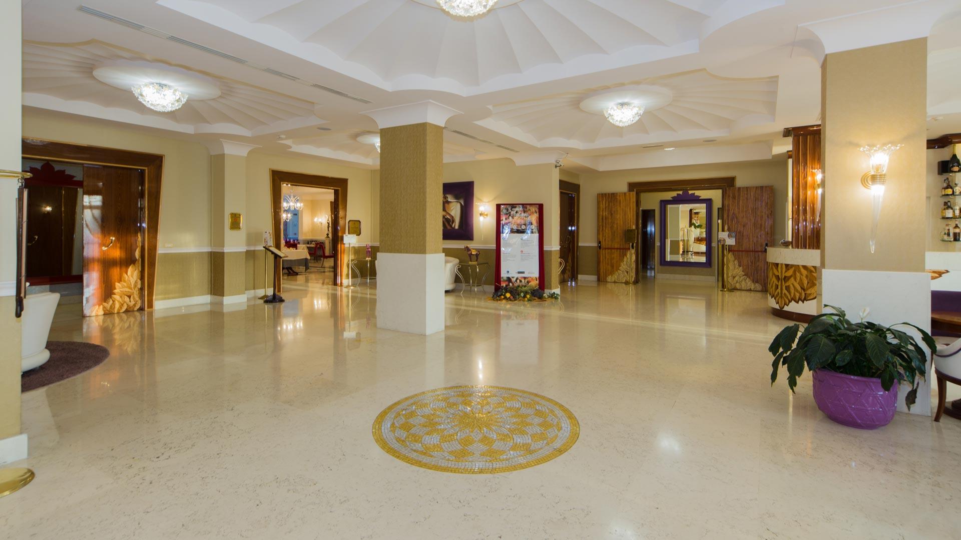 hotel-bologna-centergross-hall-14