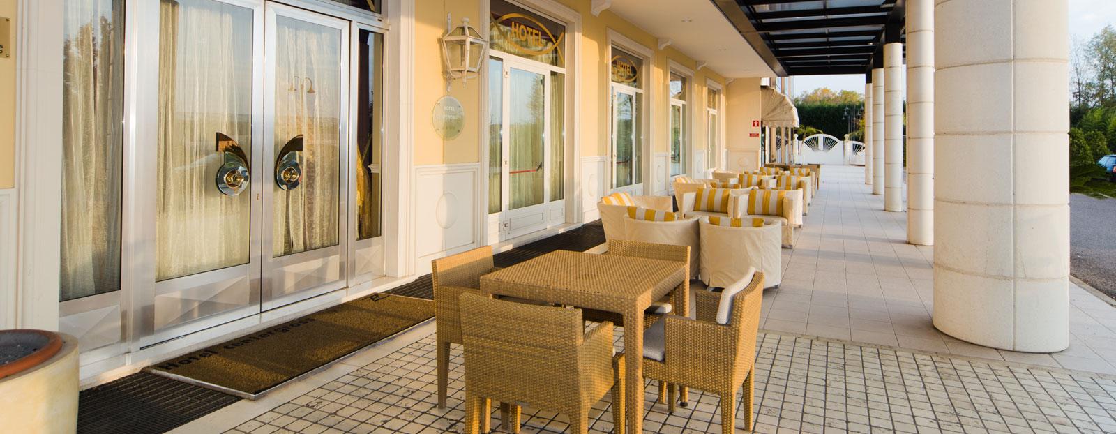 Zanhotel centergross hotel bentivoglio uscita interporto for Tre stelle arreda bologna