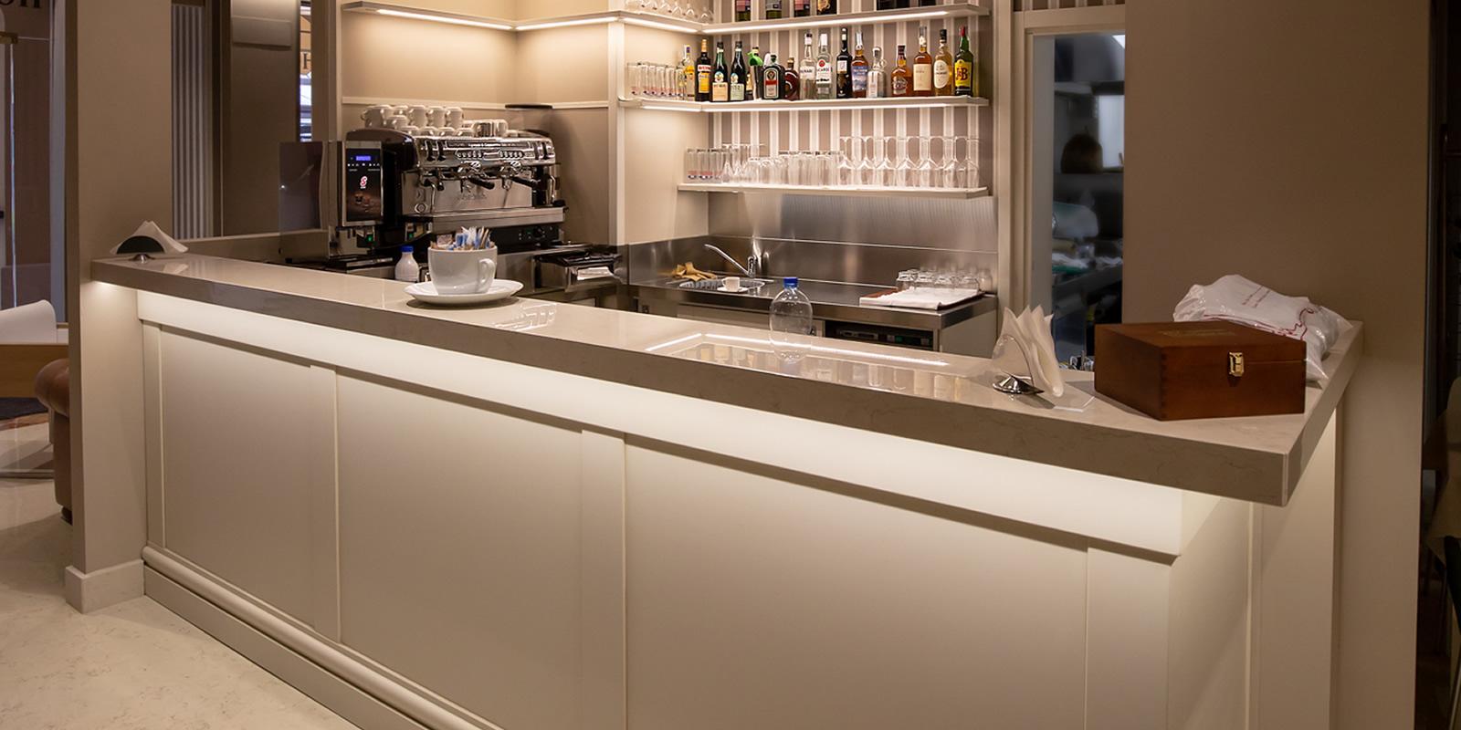hotel-bar-zanhotel-regina-bologna